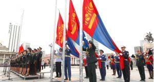 """""""Монгол Улсын төрийн далбаа""""-ны өдөрт зориулсан Цэргийн ёслолын жагсаал боллоо"""